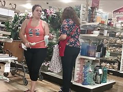 Huge Ass PAWG Latina MILF in Spandex (watch whole thing)