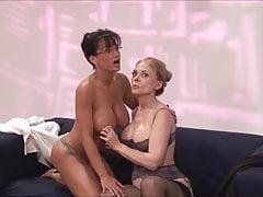 Hot milfs Nina Hartley, Lisa Ann and sexy black Jada lesbian